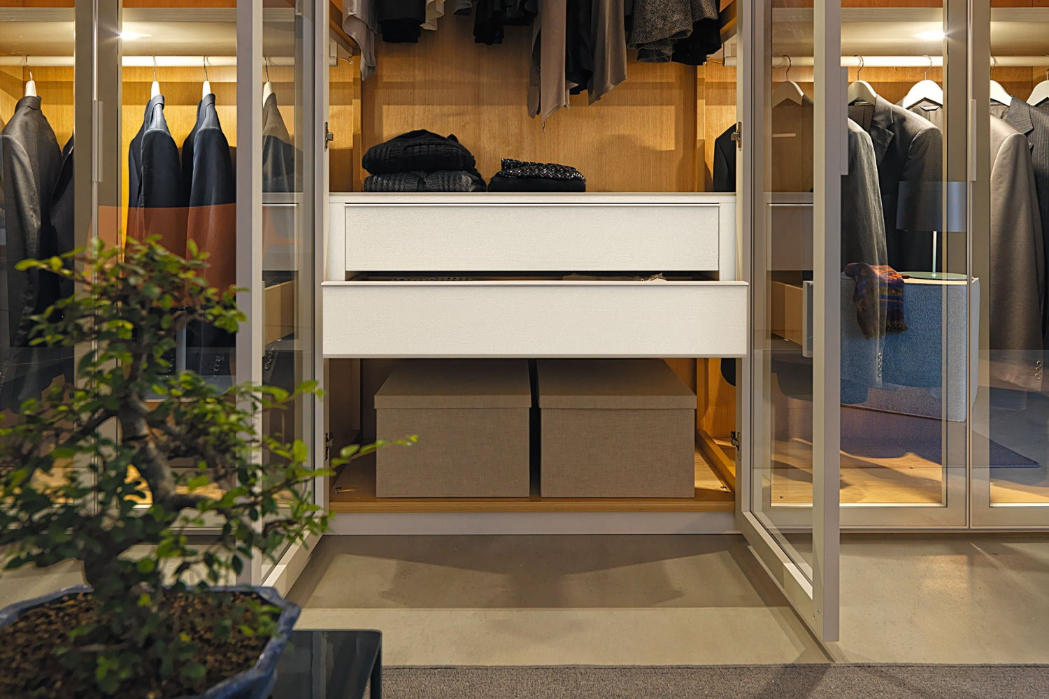Reflex Hinged Wardrobe