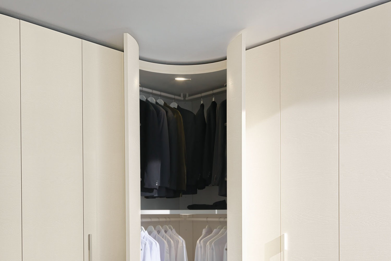 lisca-curve-hindged-wardrobe2